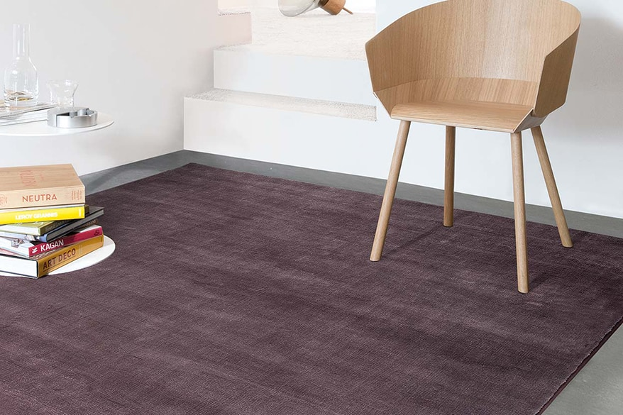 820_club-deep-plum_sfeerbeeld_limited-edition_carpets